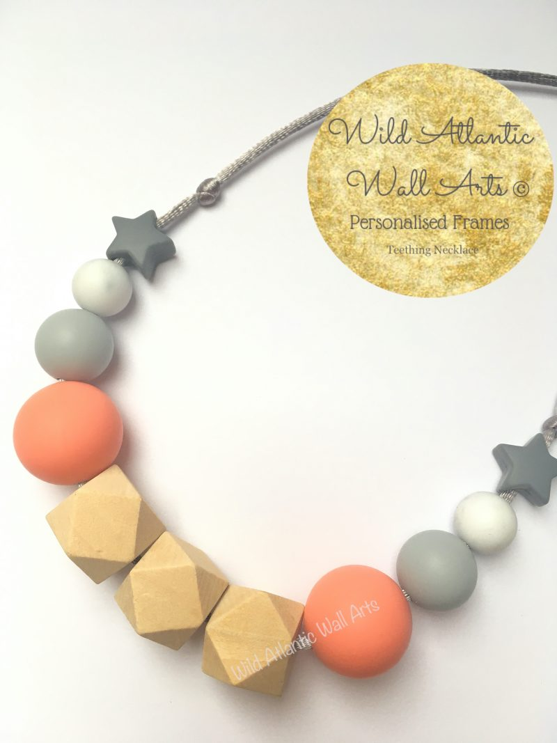 Is your baby like to grab on things while they are being carried? Or grasp during nursing? The Silicone Teething Necklace is designed to be worn by moms keeping babies hands busy, helping to stimulate senses and soothe sore gums.